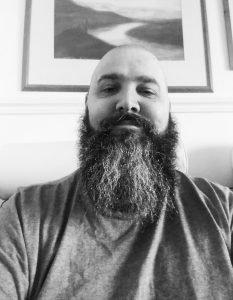 Using Dubai Sunrise Beard OIl